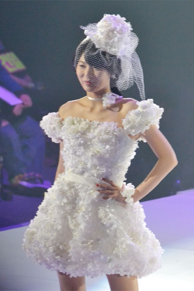 4minute en los diseños de ropa Yumi Katsura 20110223_yumi_katsura_4minute_5